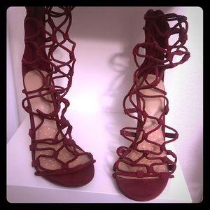 Shoes - Strappy Aldo heels